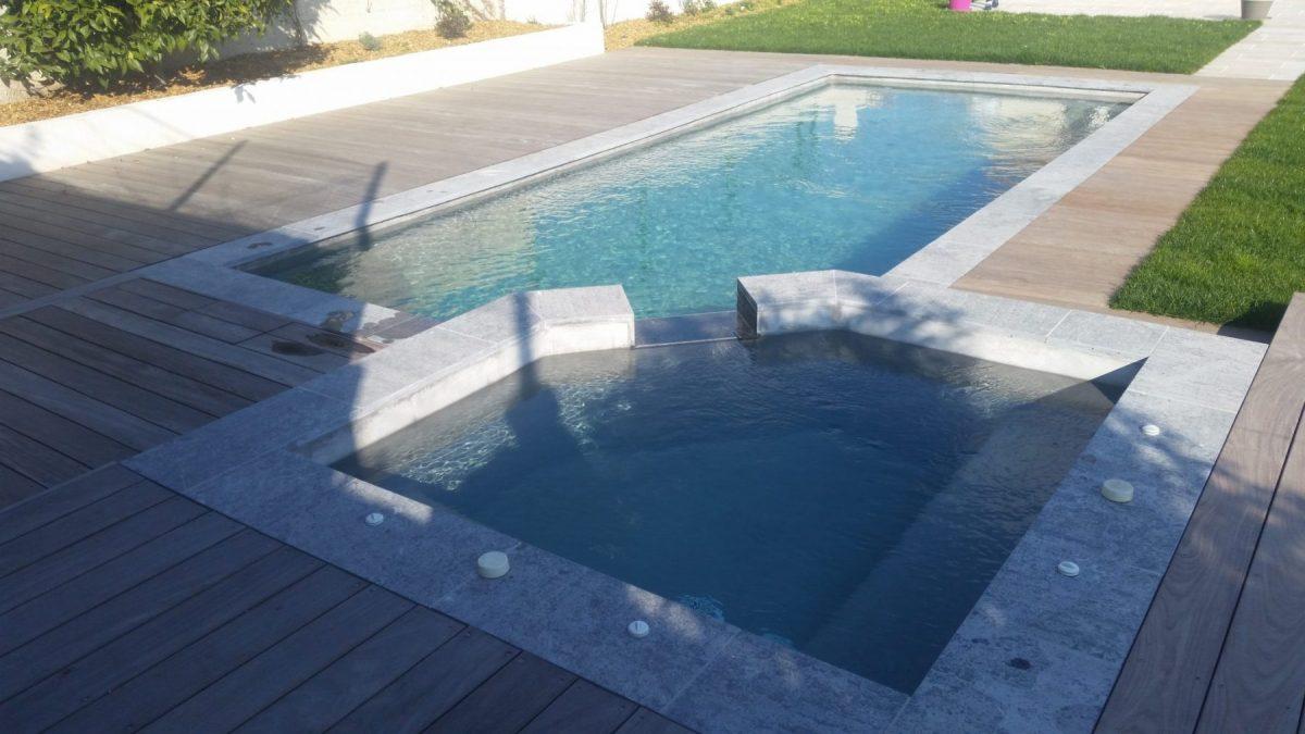 piscine béton projeté double bassin jacuzzi