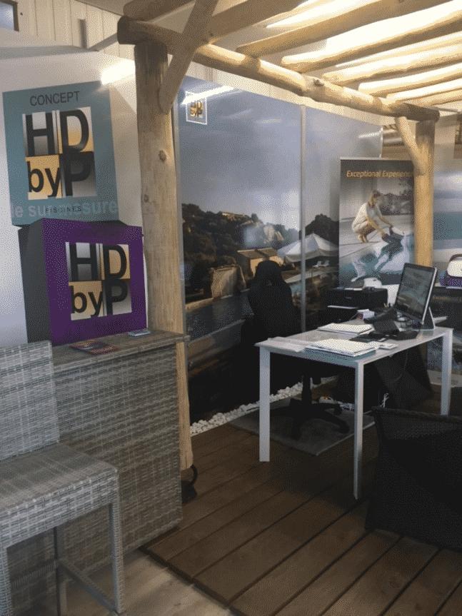 accueil bureau et ordinateur piscine hdp