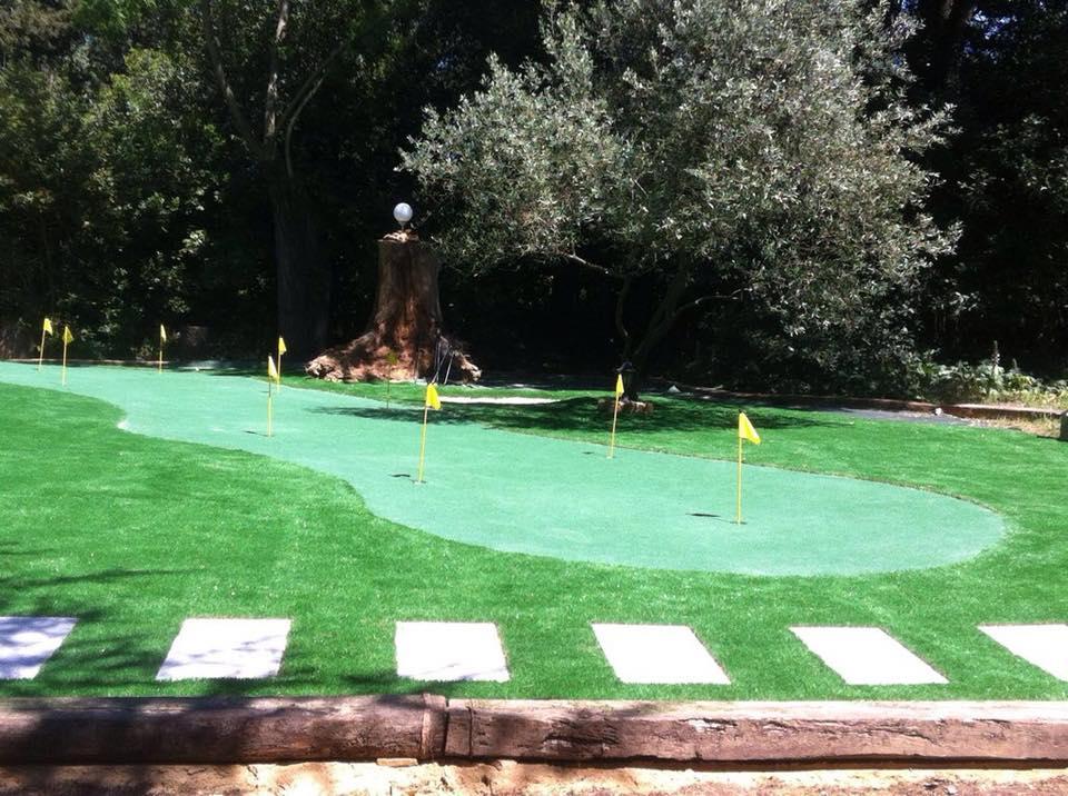 Mini-Golf Privée dans votre Jardin - Aménagement Jardin ...