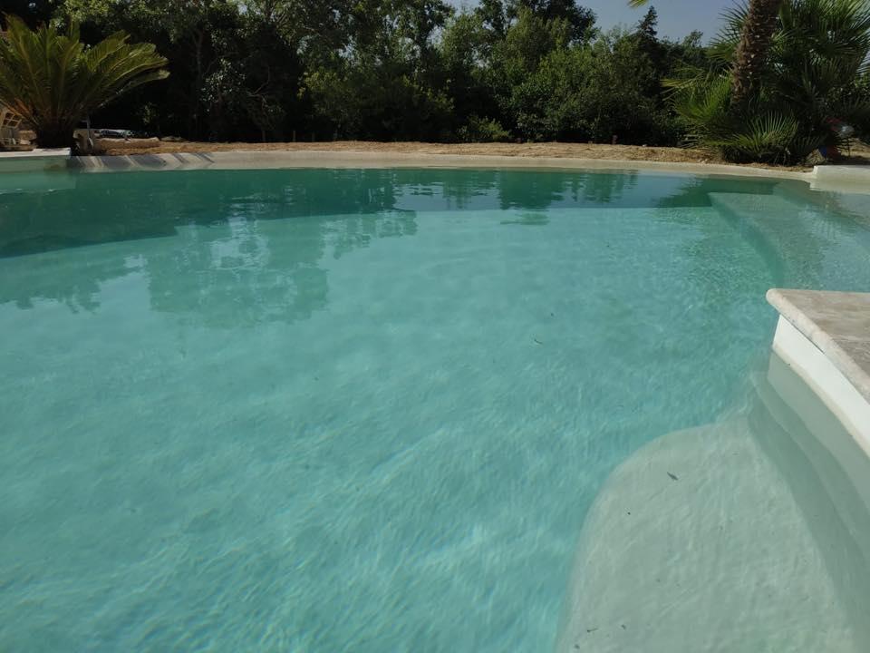 piscine lagon en beton projete