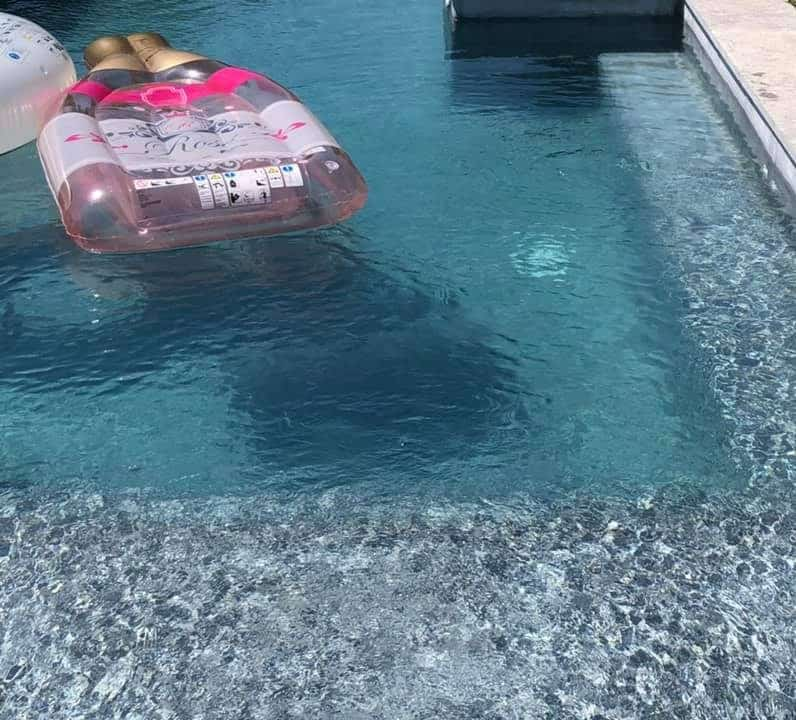 piscine en beton projete classique