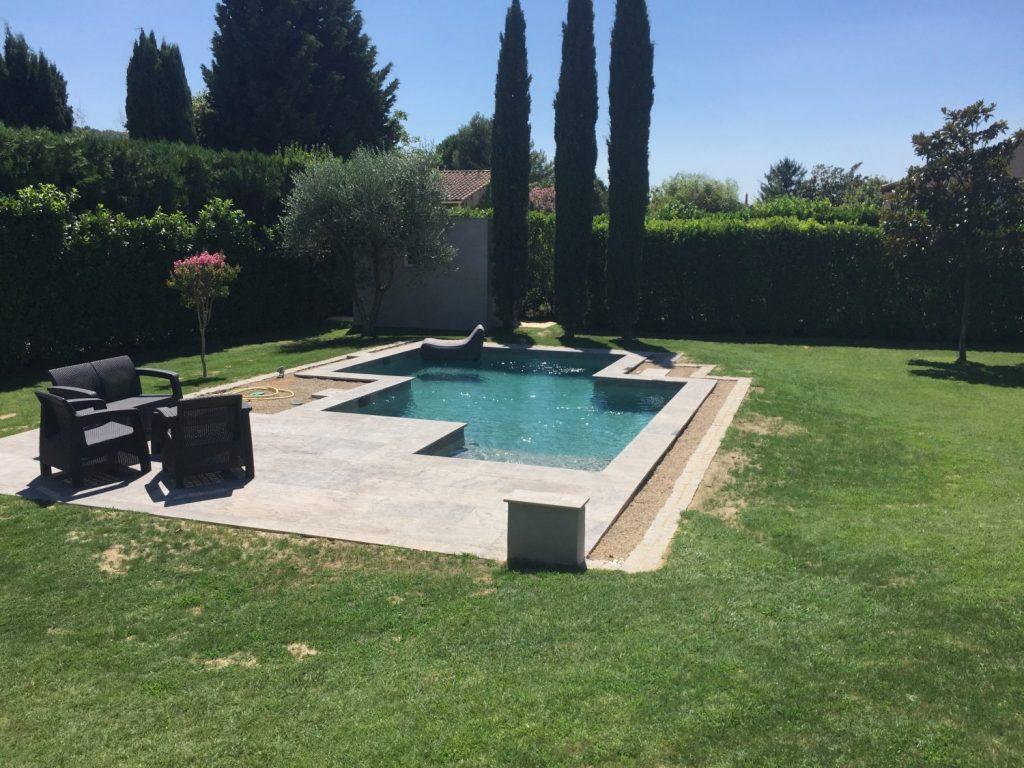 piscine beton forme originale